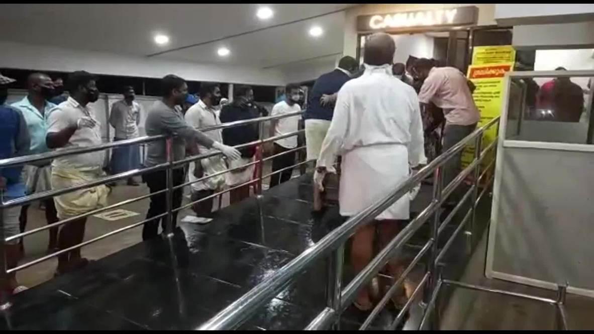 India: Trasladan heridos al hospital tras accidente aéreo que ha dejado al menos 16 muertos en Kozhikode