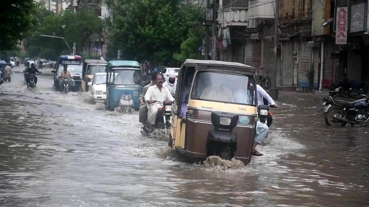 Pakistan: At least 10 dead after monsoon floods hit Karachi