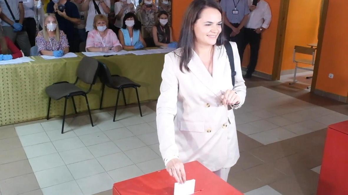 Bielorrusia: Candidata de la oposición Tikhanovskaya vota en las elecciones presidenciales