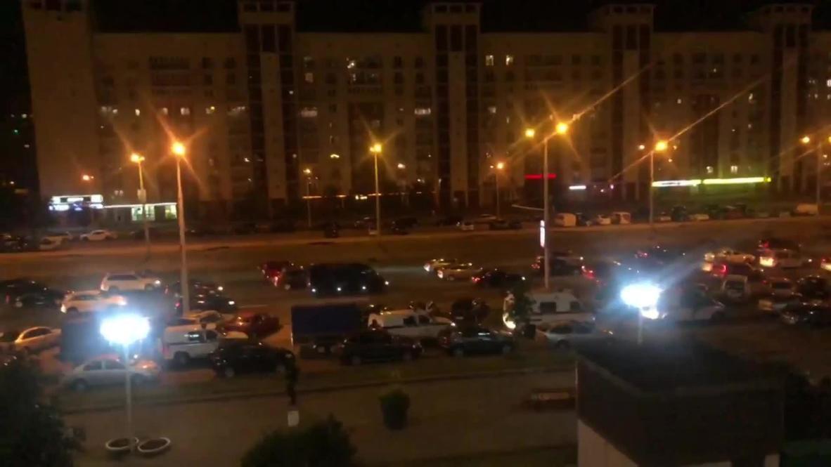 Белоруссия: Звуки взрывов светошумовых гранат вновь раздаются в Минске