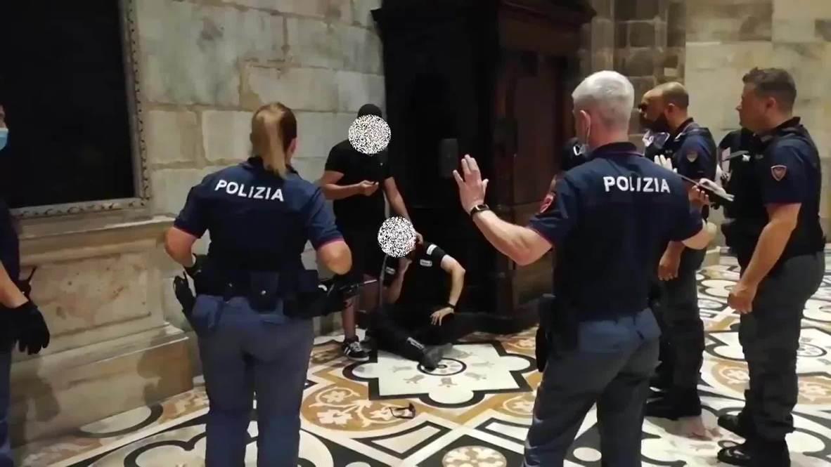 Italia: Policía detiene a un hombre que tomó a un guardia de seguridad de rehén en el Duomo de Milán