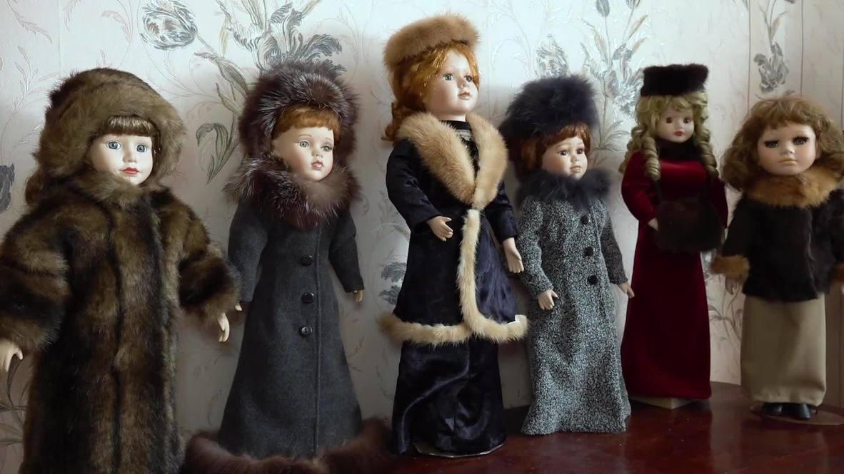 Второе дыхание. Пенсионерка из Калининградской области возвращает старым куклам былую красоту