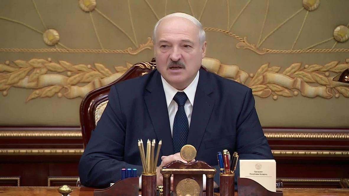 Белоруссия: Те, кто не разделяет госидеологию, в школе работать не должны - Лукашенко