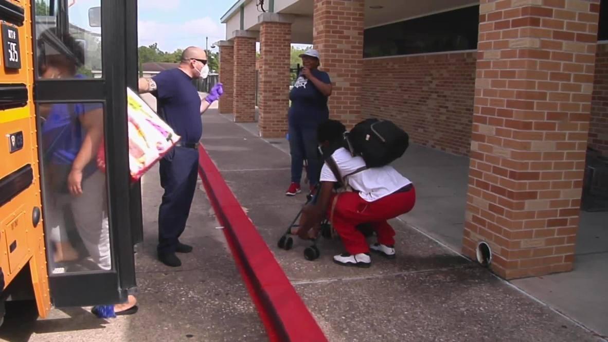 EE.UU.: Residentes de la costa de Texas son evacuados antes de la llegada del huracán Laura