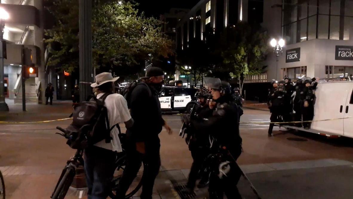 EE.UU.: Despliegue policial tras un tiroteo con muerto durante los enfrentamientos en Portland