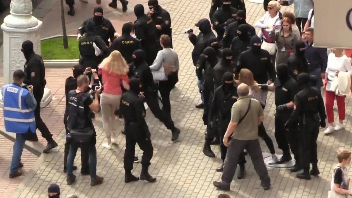 Bielorrusia: Detienen a 140 manifestantes en protesta contra el gobierno en Minsk