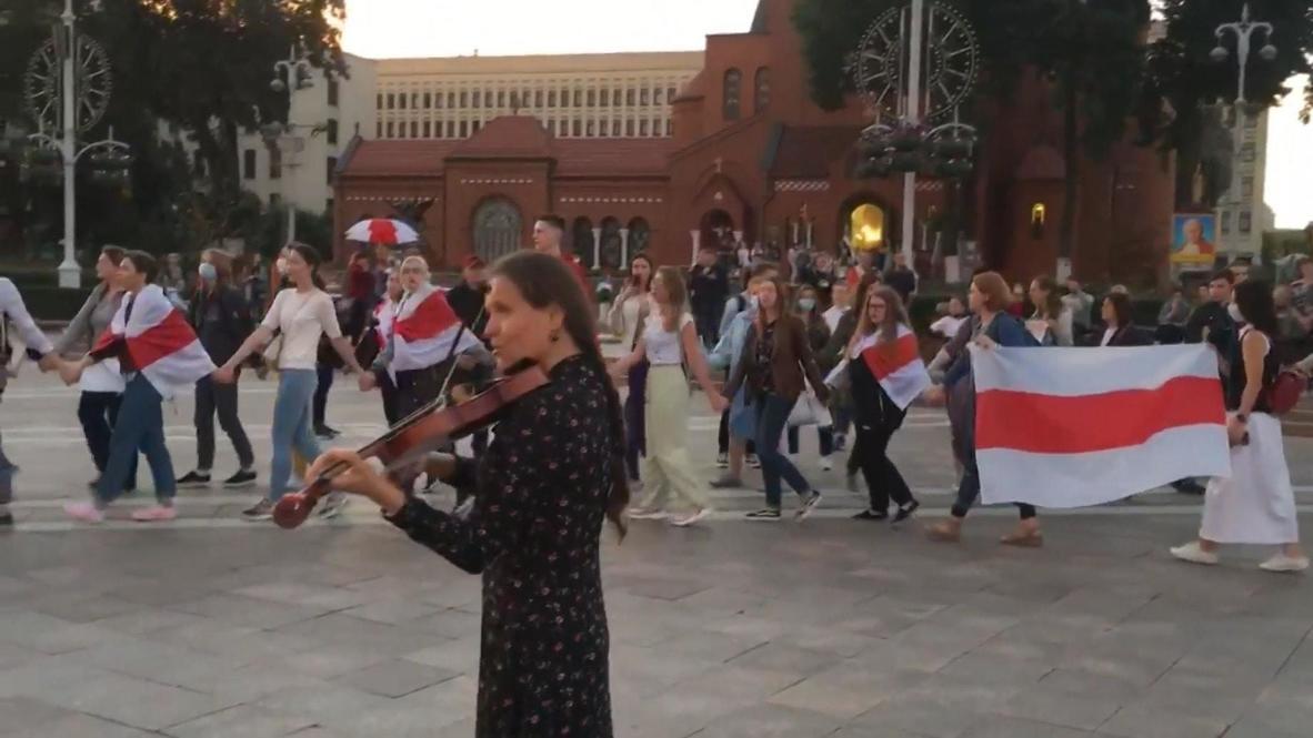 Белоруссия: Акции противников и сторонников Лукашенко прошли в Минске
