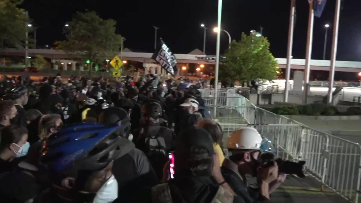 USA: Demonstrators rally outside Rochester police building over Daniel Prude killing