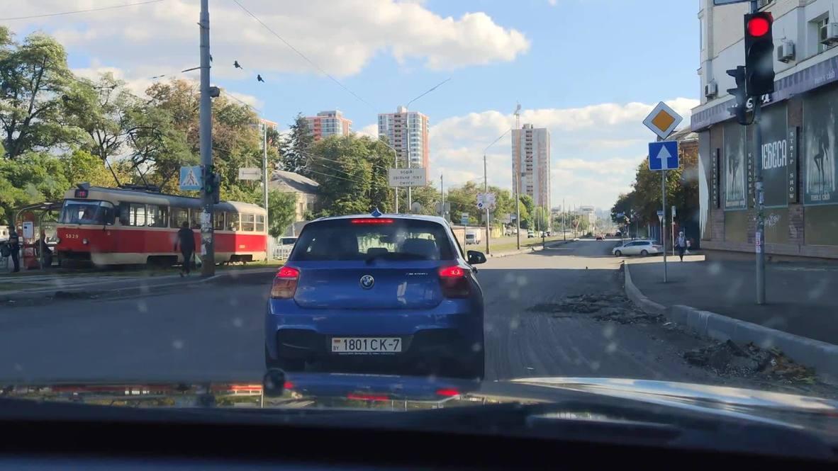 Украина: Автомобиль с белорусскими оппозиционерами попал на видео в Киеве