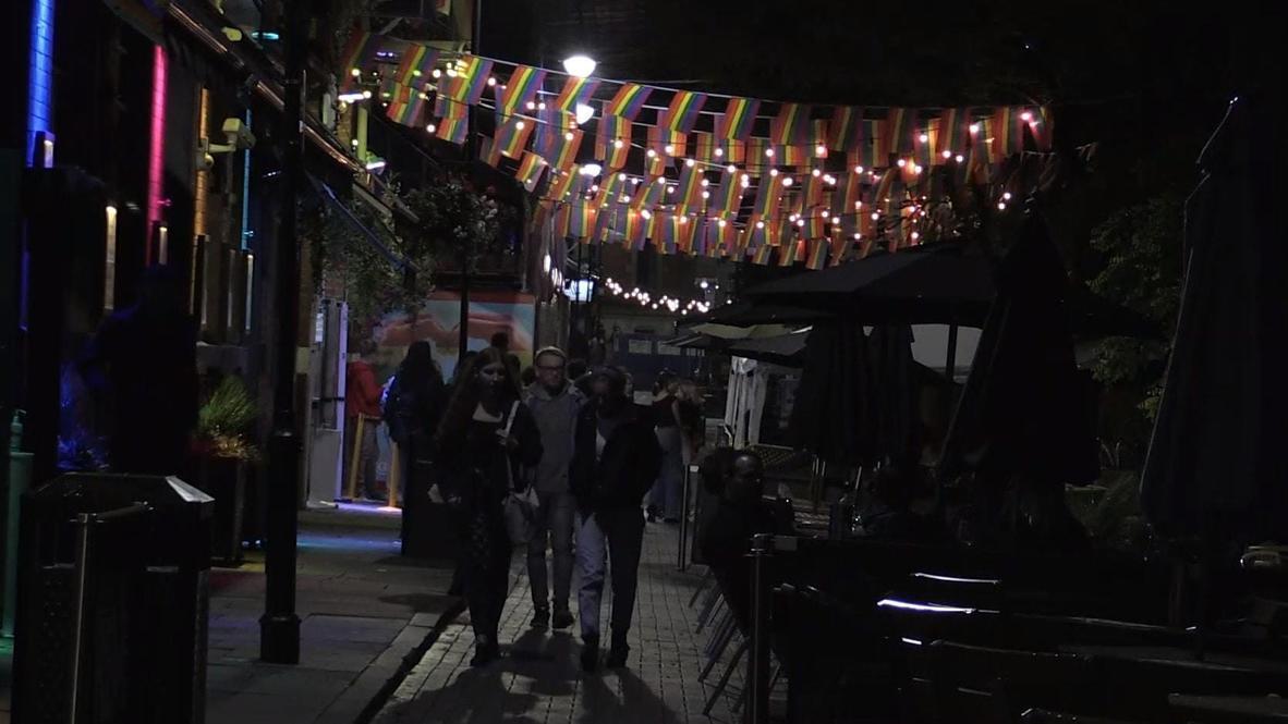 UK: Mancunians enjoy last night out as fresh COVID restrictions loom