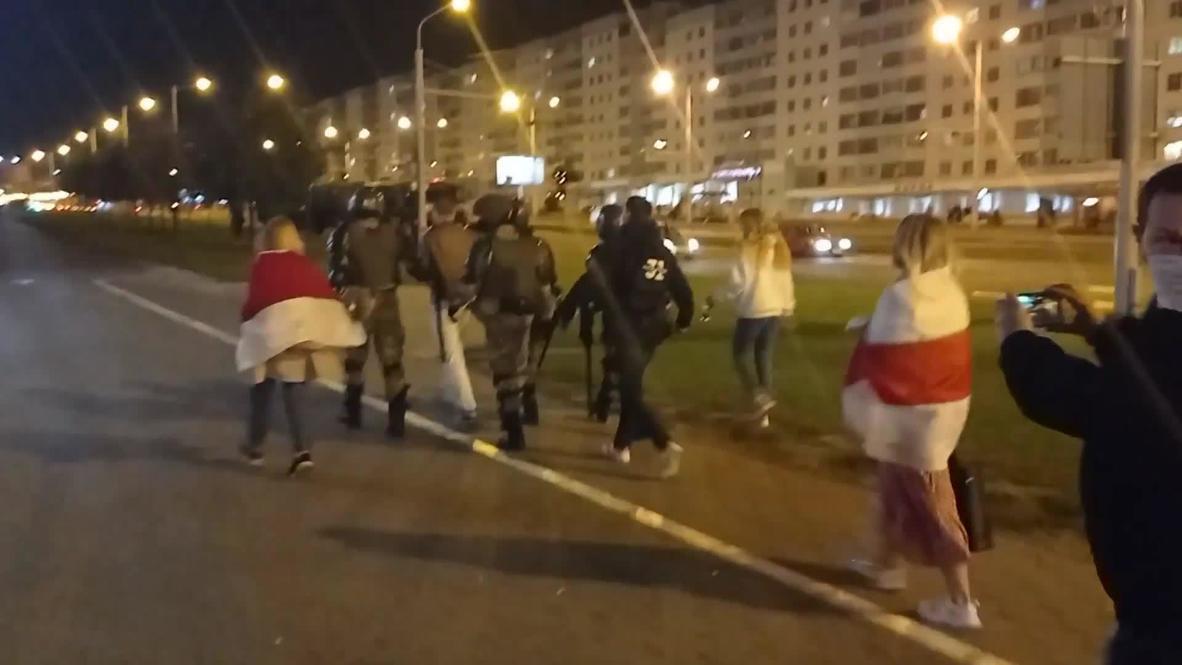 Belarus: Hundreds detained following Lukashenko's surprise inauguration