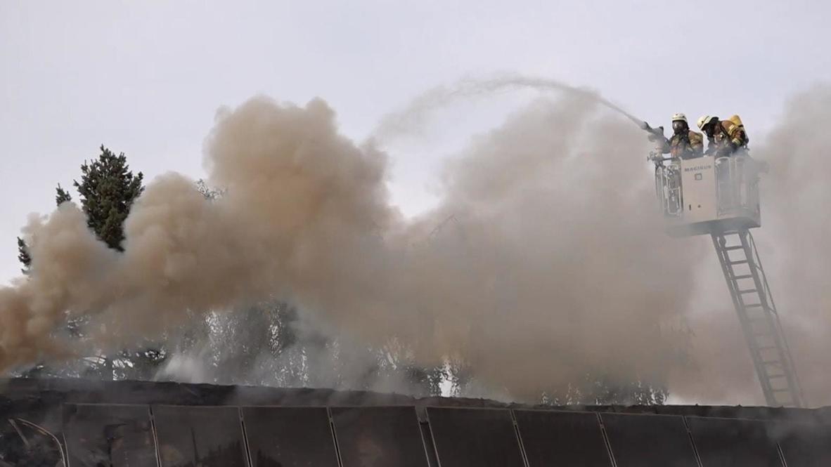 Alemania: Bomberos se despliegan para combatir incendio en iglesia de Berlín