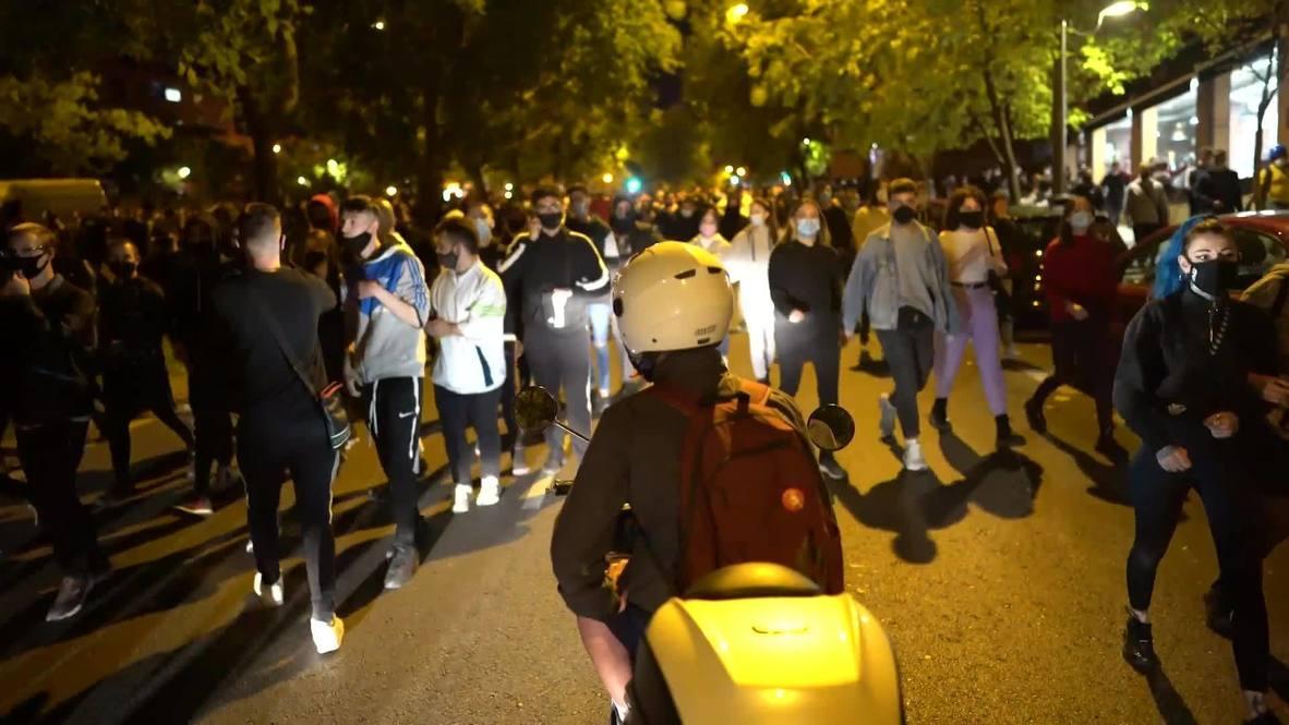 إسبانيا: متظاهرون يحتشدون رفضاً لقيود الوقاية من فيروس كورونا لليوم الثاني في مدريد