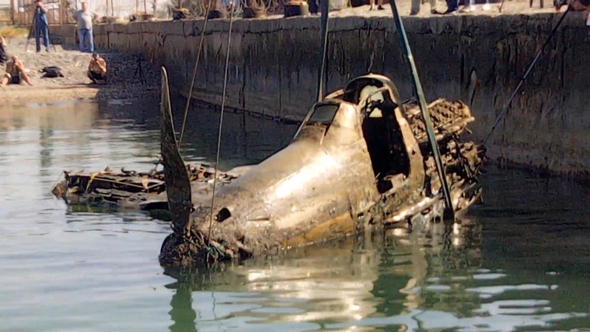 Россия: В Крыму со дна моря подняли истребитель времен ВОВ