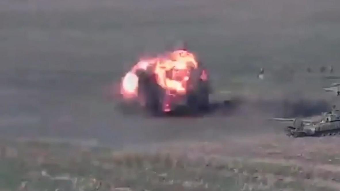 Азербайджан: Минобороны Армении опубликовало видео предполагаемого уничтожения азербайджанских танков на линии соприкосновения в Нагорном Карабахе