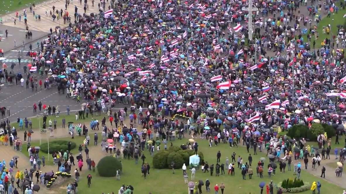 بيلاروس: الآلاف يخرجون إلى شوارع مينسك للاحتجاج على تنصيب لوكاشينكو