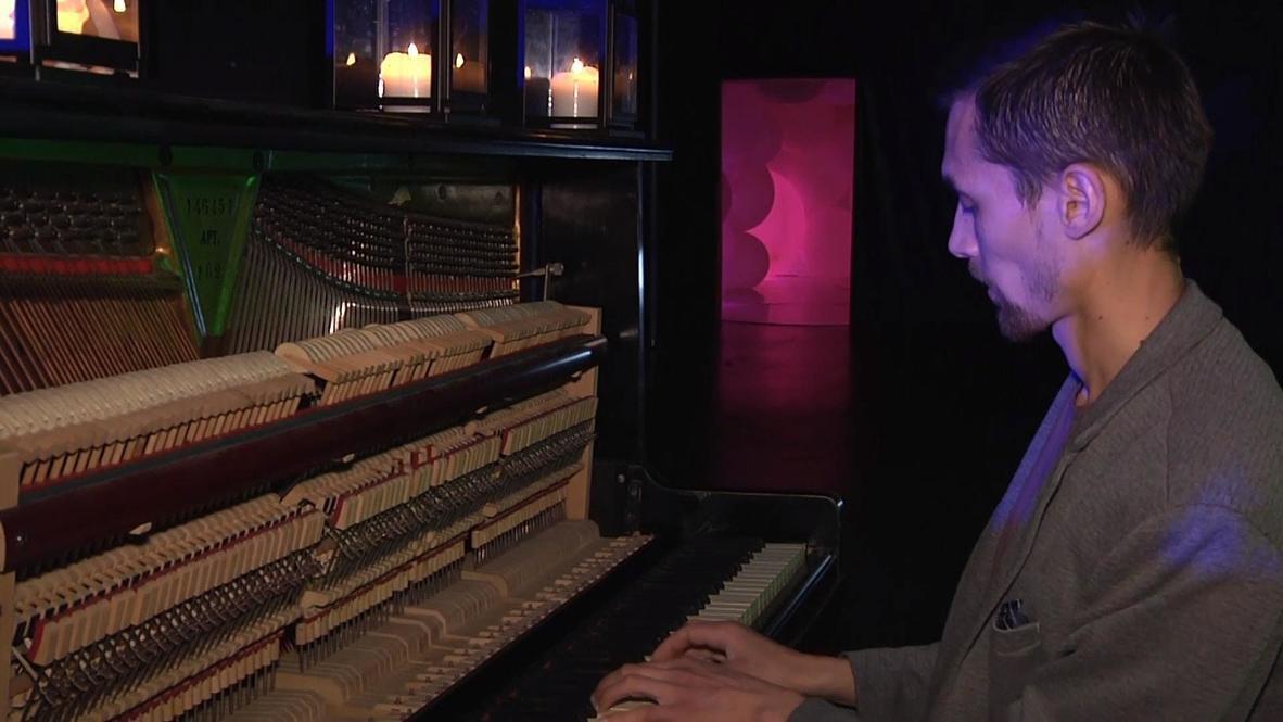 Пятьдесят оттенков музыки. Петербуржец установил мировой рекорд по беспрерывной игре на фортепиано