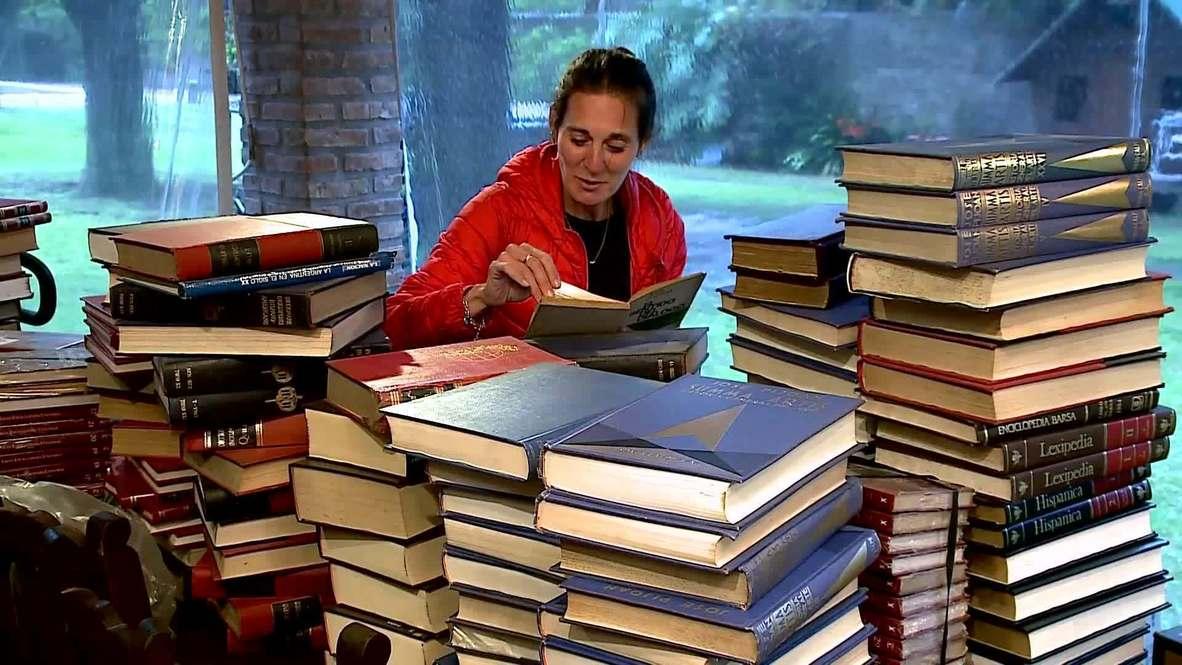 Una atleta argentina dona miles de libros de segunda mano en medio de la pandemia