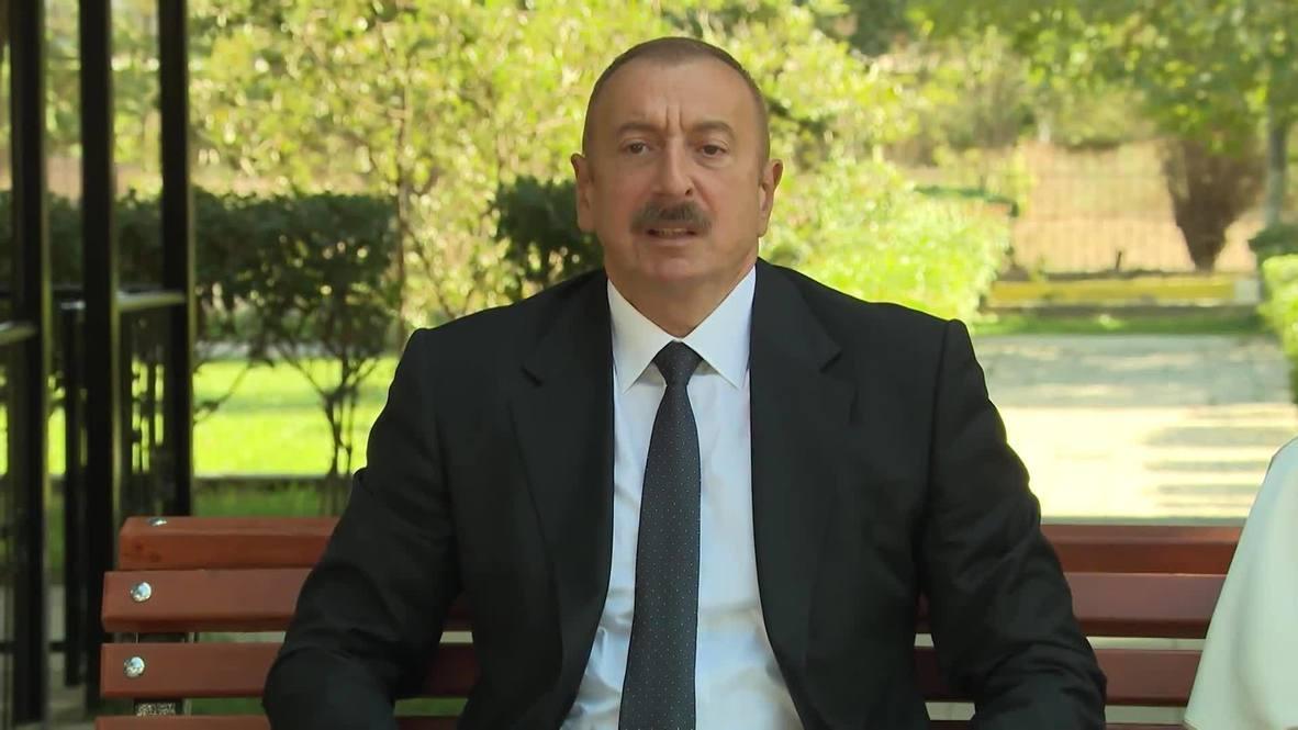 أذربيجان: علييف يزور الجنود الجرحى من اشتباكات خط التماس في قره باغ