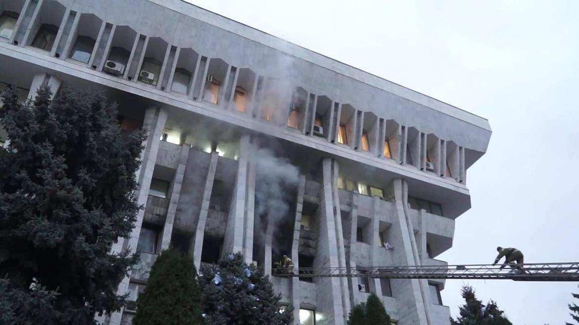 Киргизия: Один человек погиб в результате протестов в Бишкеке - Минздрав