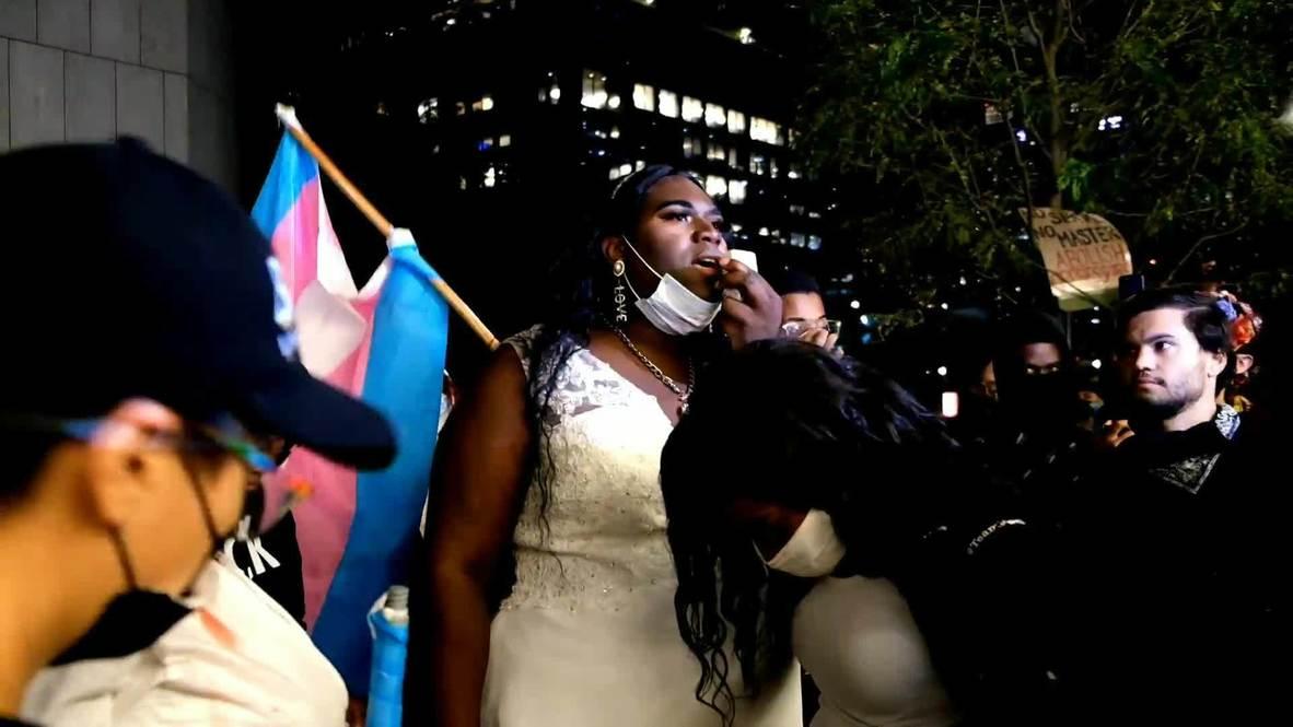 EE.UU.: Policía y activistas trans se enfrentan en una marcha en apoyo a Black Lives Matter en Manhattan