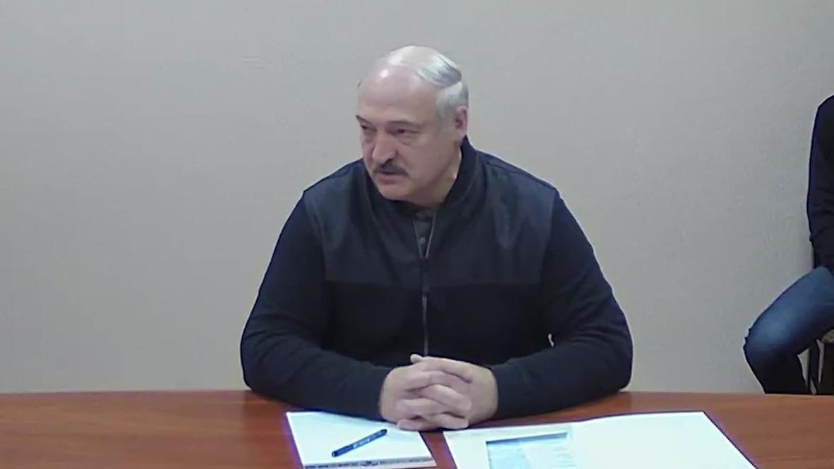 Belarus: Lukashenko visits arrested opposition leaders in jail in Minsk