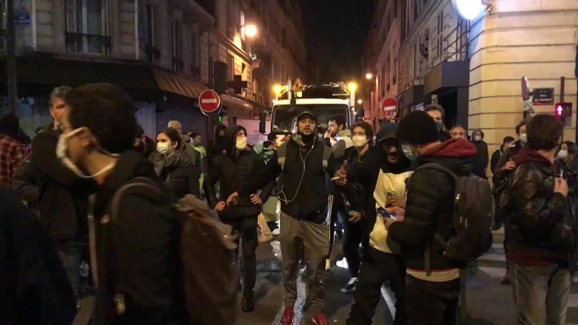 فرنسا: باريسيون يتظاهرون ضد حظر التجول المفروض للحد من انتشار فيروس كورونا