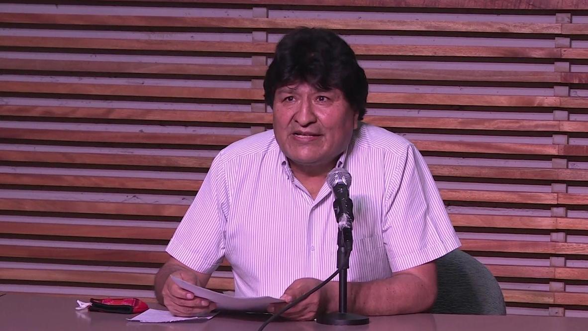 الأرجنتين: إيفو موراليس يحتفل بترجيح استطلاعات الرأي فوز حليفه لويس آرسي بالانتخابات الرئاسية في بوليفيا