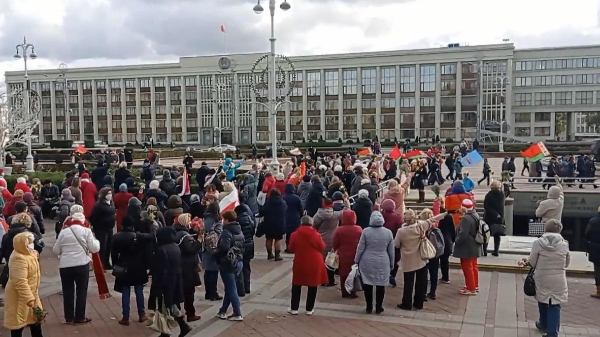 Белоруссия: Участники провластного и оппозиционного маршей встретились в центре Минска