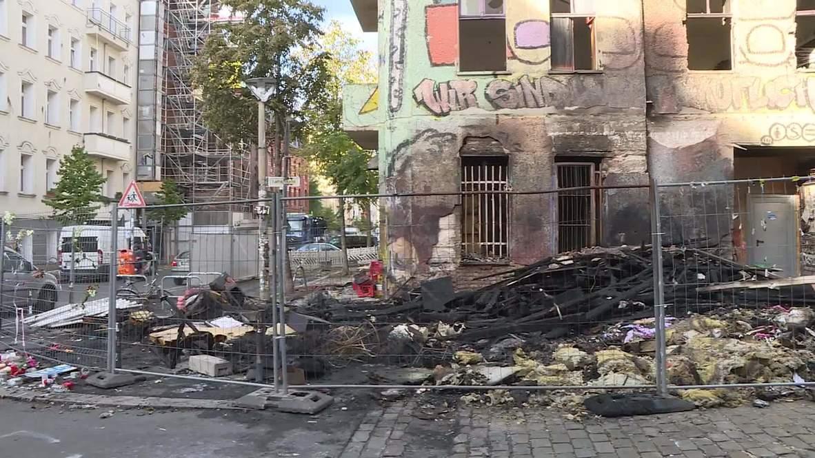 Alemania: Secuelas del incendio frente a la casa okupa evacuada Liebig34 en Berlín