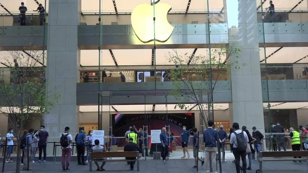 Australia: Apple customers queue up for latest iPhone 12 despite COVID measures