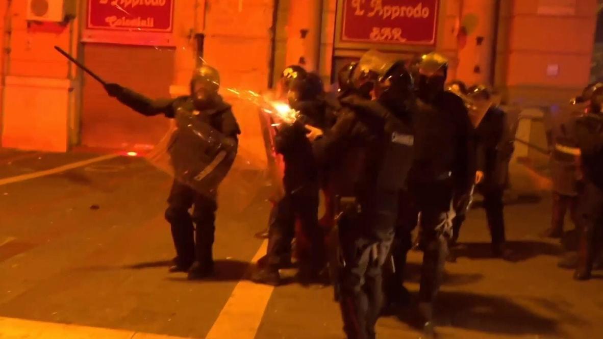 Italia: Enfrentamientos en Nápoles entre policía y manifestantes contra el toque de queda por covid