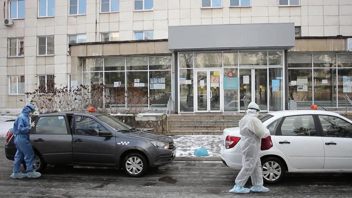 Россия: В Челябинской области такси бесплатно будет развозить медиков к пациентам