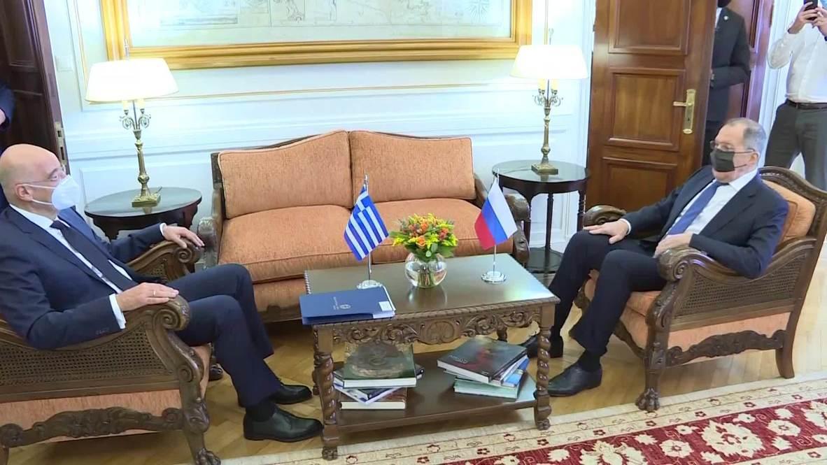 Греция: Лавров проводит переговоры с главой греческого МИД Дендиасом