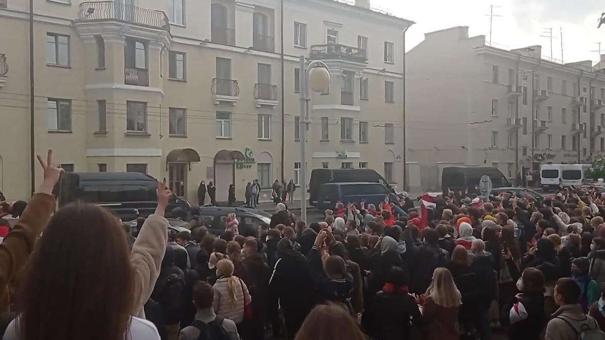 Белоруссия: Студенты в Минске присоединились к общенациональной забастовке