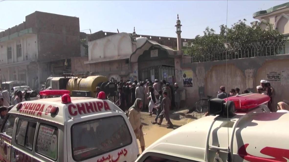 Pakistán: Al menos 8 muertos en un atentado con bomba en una escuela religiosa de Peshawar