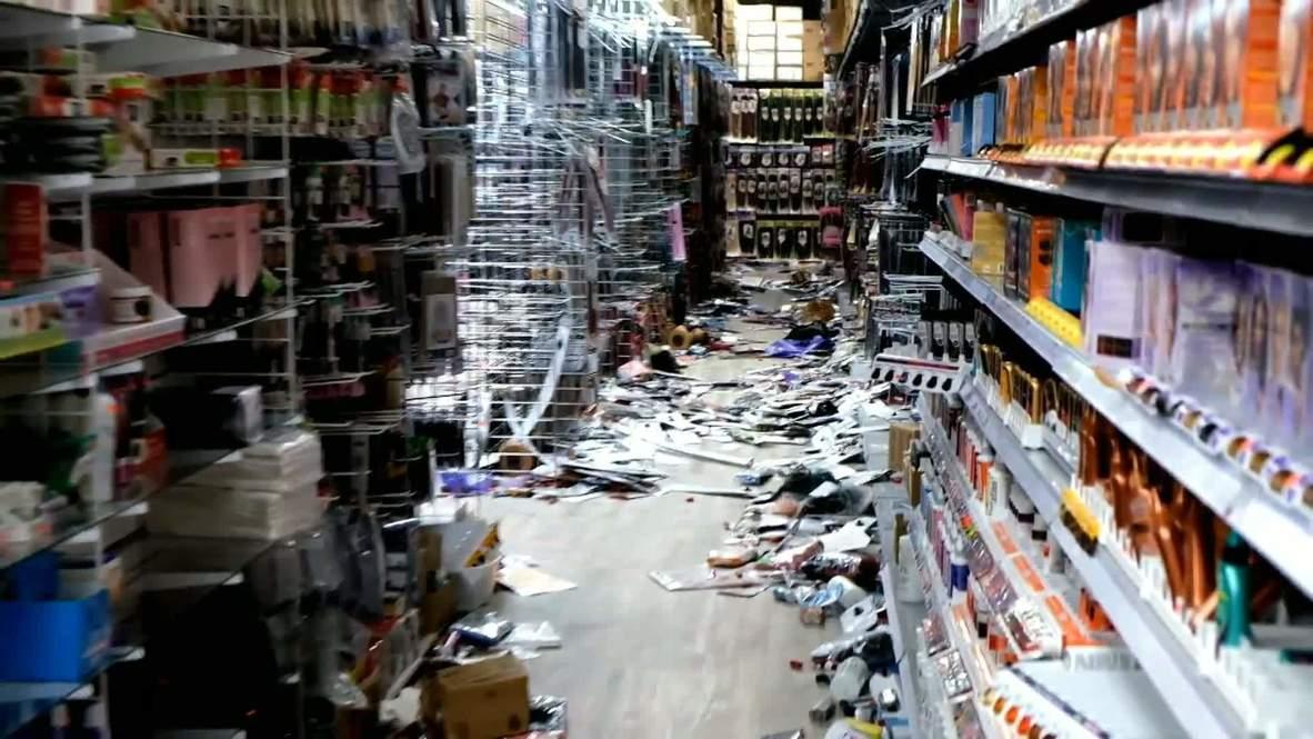 الولايات المتحدة الأمريكية: اضطرابات وأعمال نهب في فيلادلفيا بعد مقتل رجل أسود برصاص الشرطة