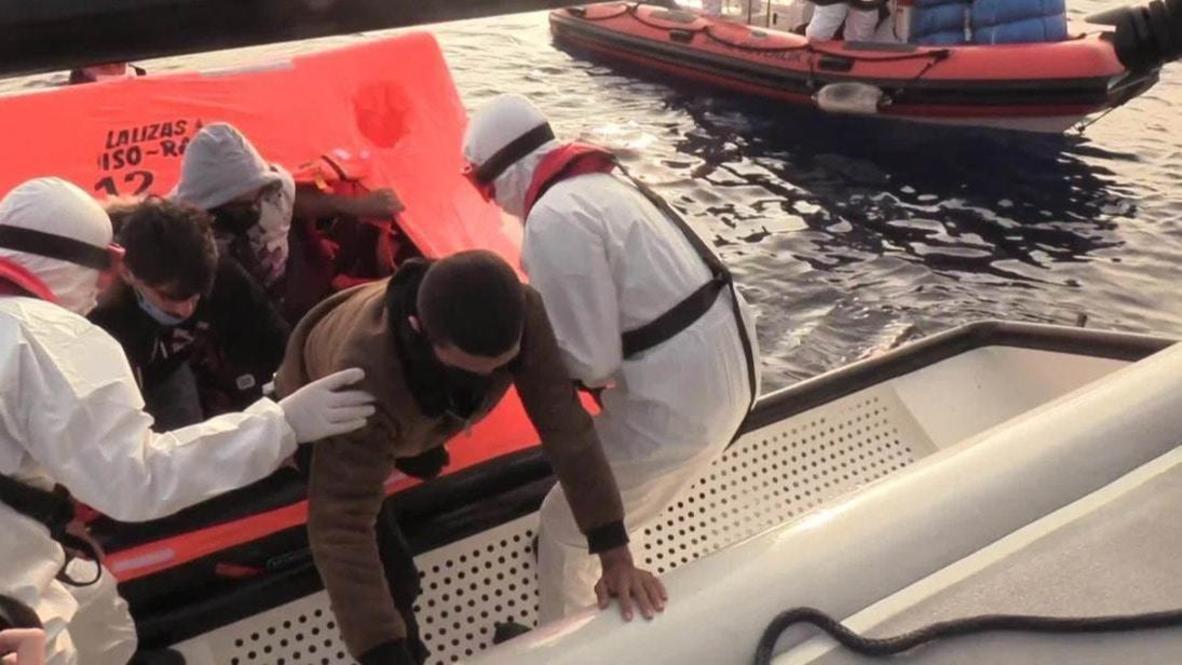 اليونان: حرس السواحل التركي ينقذ مهاجرين قرب جزيرة سيمي اليونانية