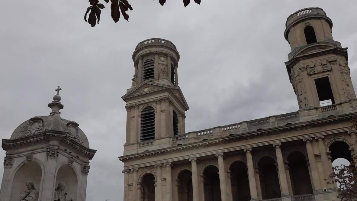 Франция: Колокола собора в Париже прозвонили в знак траура по жертвам нападения в Ницце