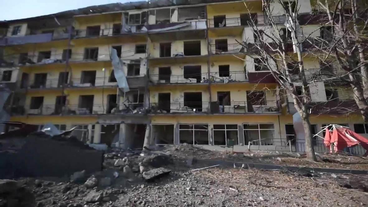 Нагорный Карабах: В ходе обстрела Шуши пострадал жилой дом напротив собора Казанчецоц