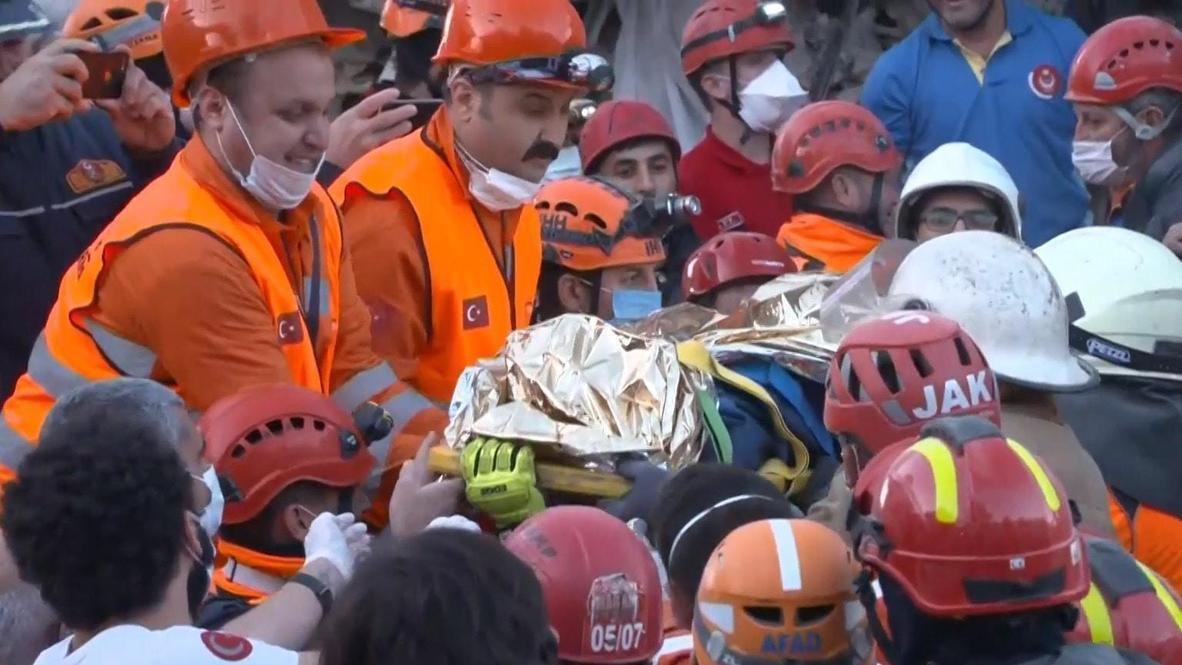 Турция: 16-летнего подростка извлекли из-под завалов после землетрясения в Измире