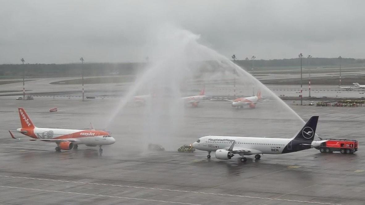 Alemania: Aterriza el primer avión en el nuevo aeropuerto de Berlín, inaugurado tras 9 años de retraso