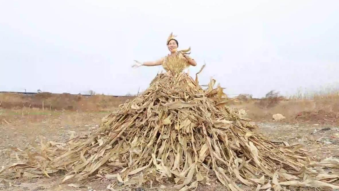 Meet Shen Yu Chuan, the a-maize-ing artist creating grass dresses from the farm