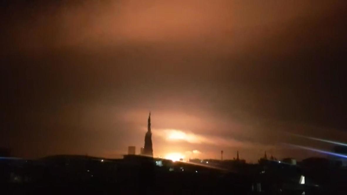 سوريا: الجيش يعلن تعرض ضواحي دمشق لضربات جوية