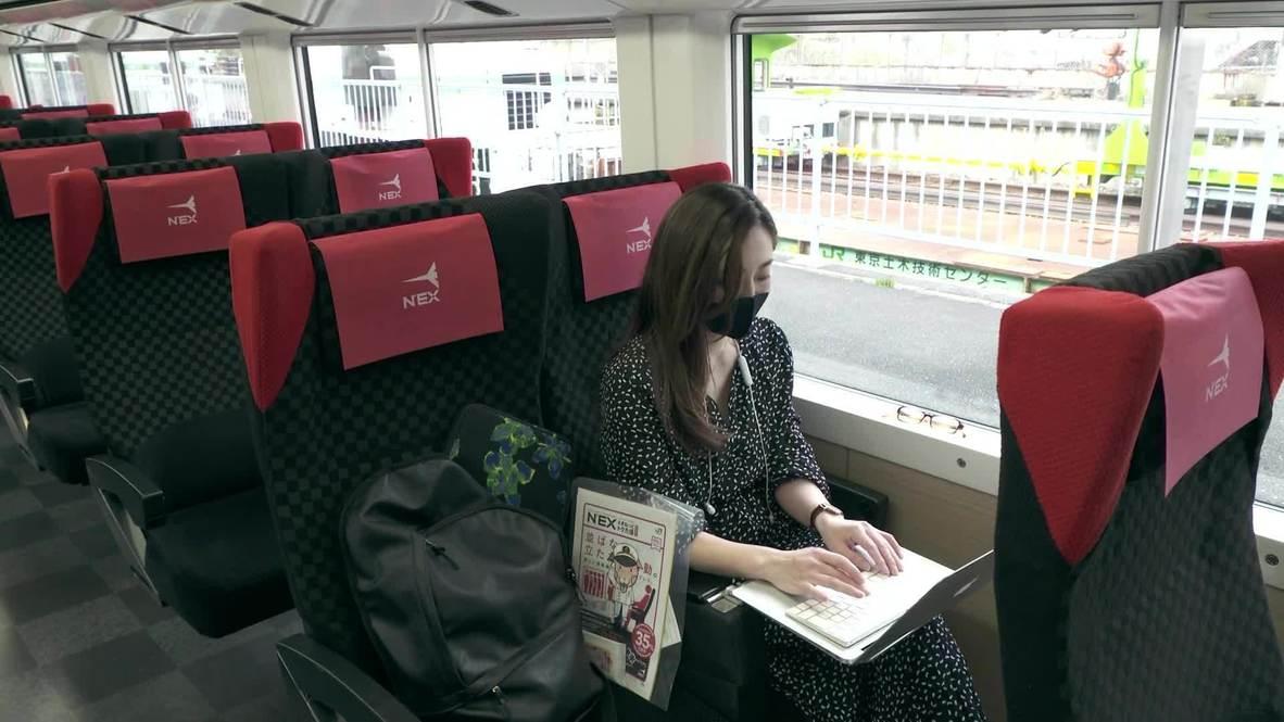 Tren reconvertido en oficina da la posibilidad de trabajar en remoto en Tokio durante la pandemia de covid-19
