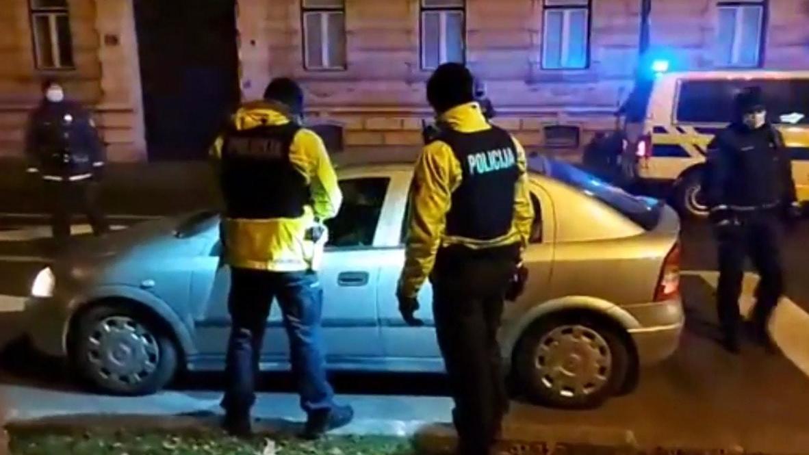 Slovenia: Honking cars drive through Ljubljana in anti-govt protest
