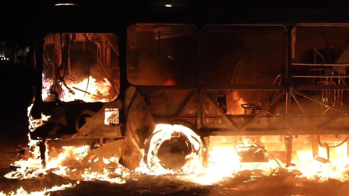 Guatemala: Manifestantes queman un autobús durante protesta contra el Gobierno