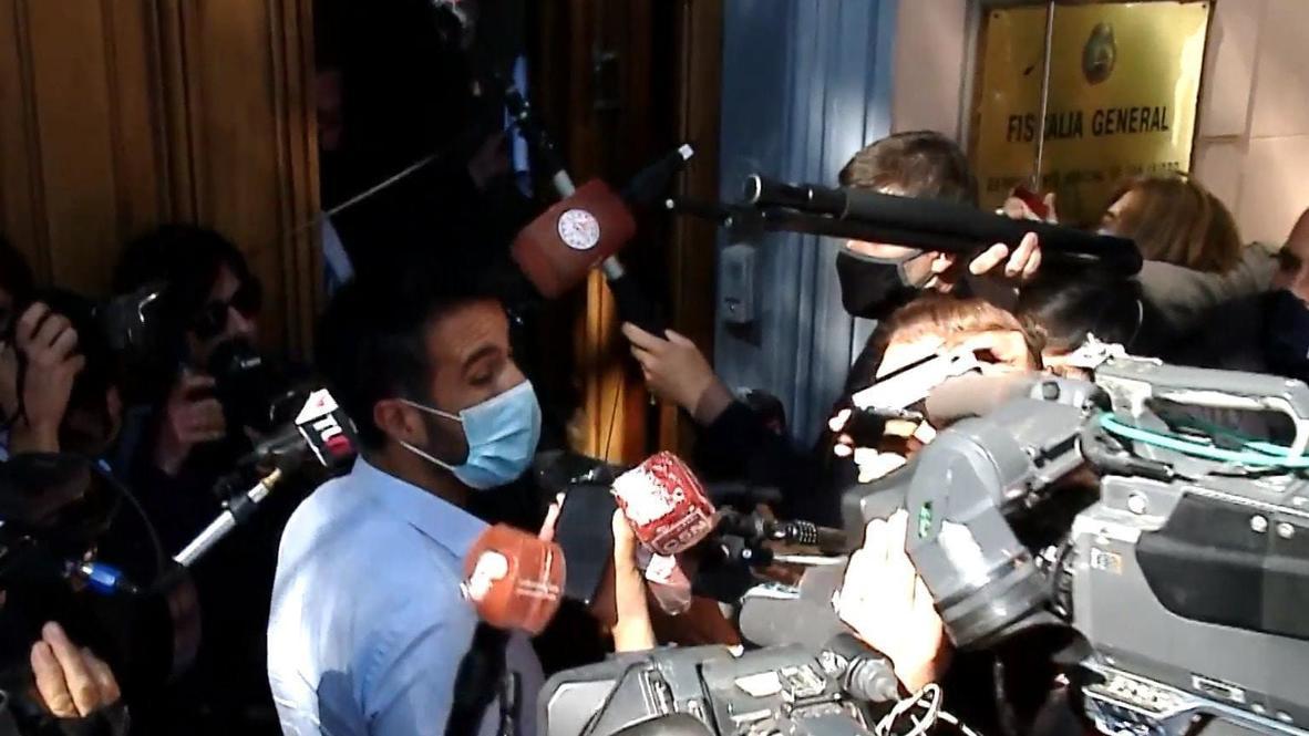 Argentina: Maradona's doctor voluntarily goes to prosecutor's office to testify