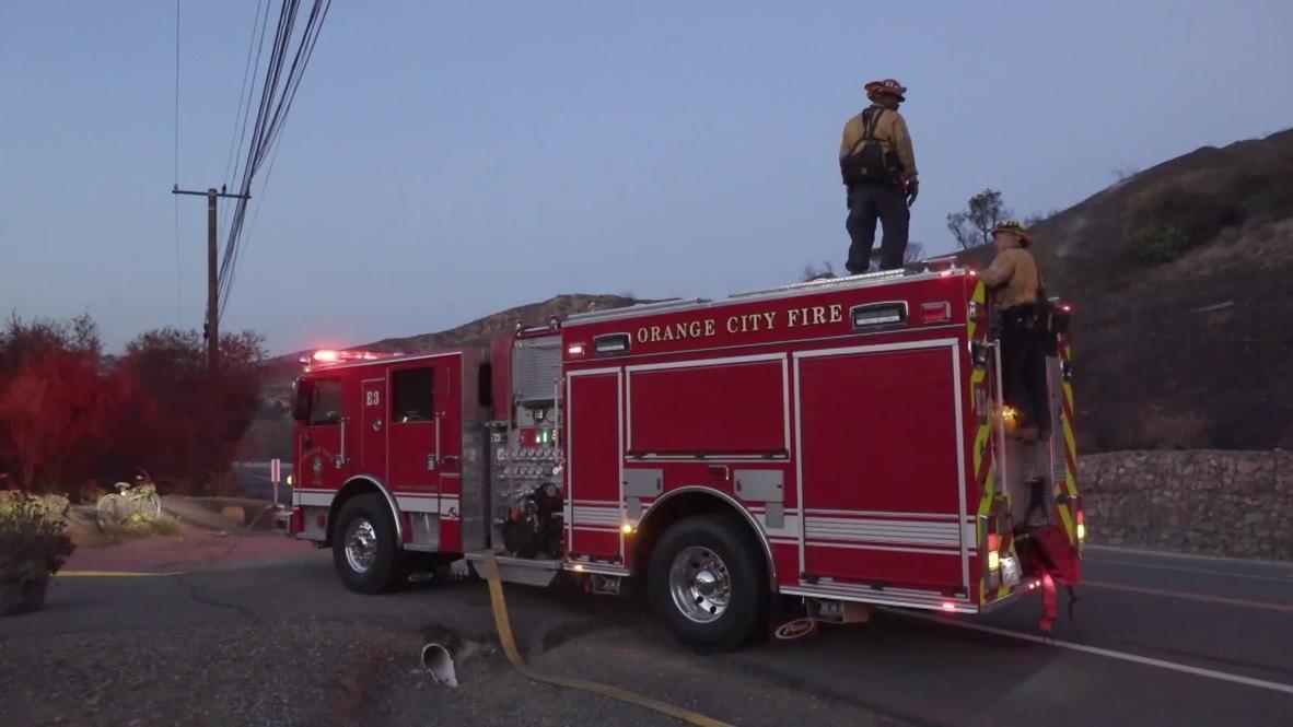 EE.UU.: Un incendio calcina más de 7.200 acres de terreno en Silverado Canyon