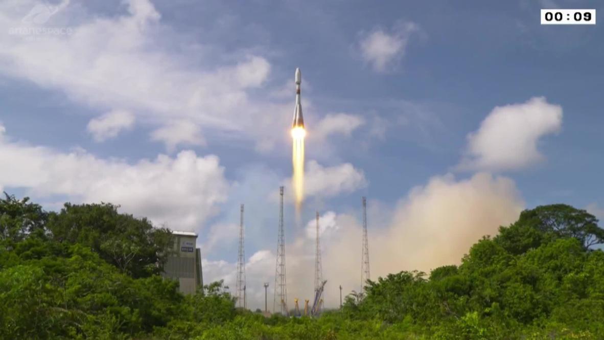 Guayana Francesa: Cohete ruso Soyuz-ST despega transportando un satélite francés